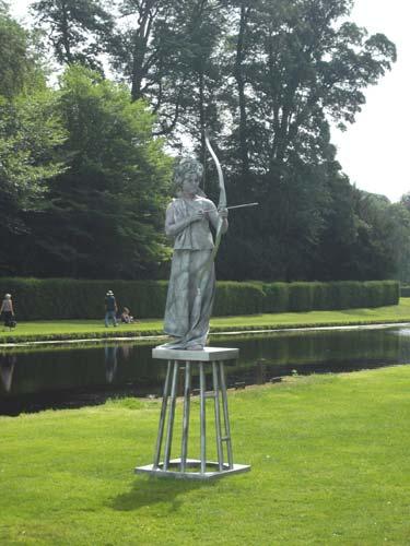 Living Statues archer